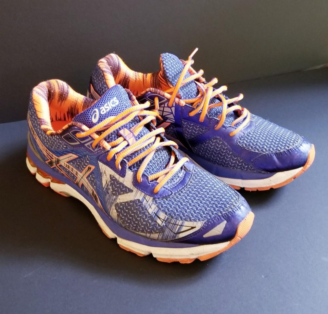 Mens Asics Running Shoes (Size 10)  ~ GT-2000