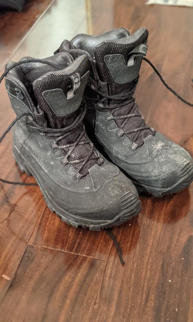 Columbia Winter Boots for sale!! US 9.5 or UK 8.5