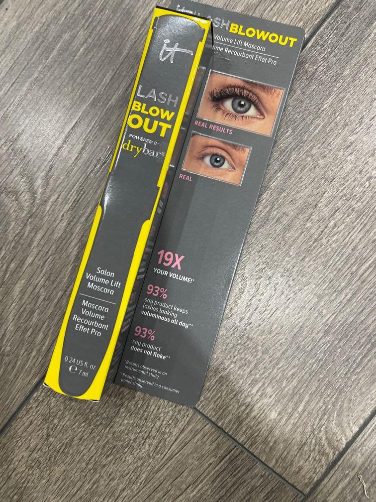 It cosmetic lash blow out