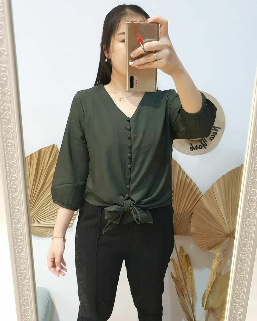 Must have 💖Ribbon button blouse