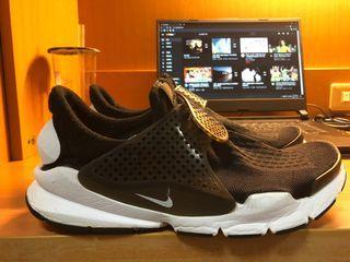 Nike sock dart 黑白 非藤原浩