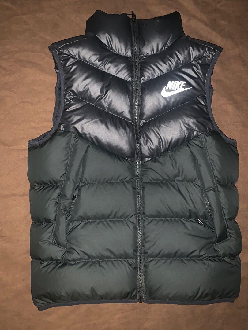 Nike Vest Size Medium (Black)