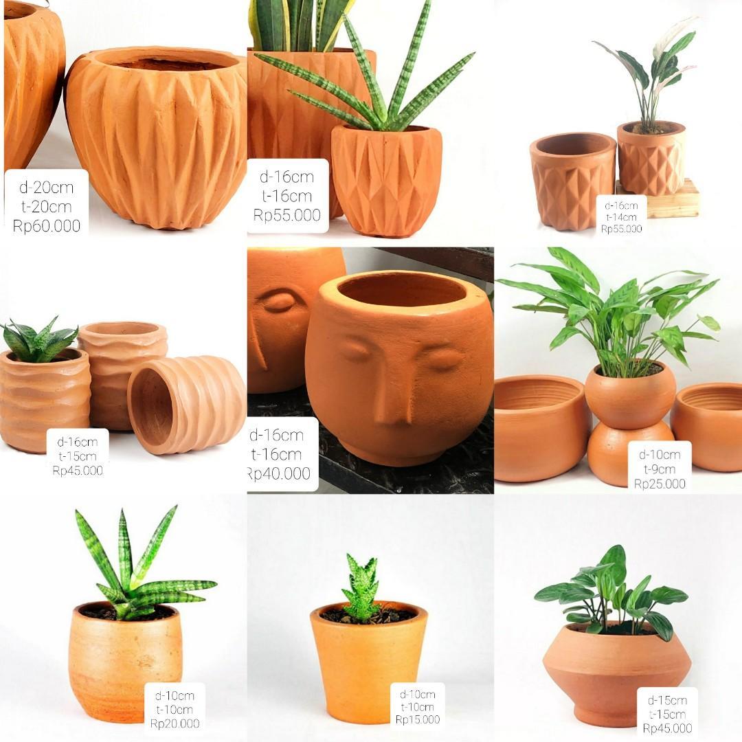Pot terracota / pot gerabah / pot tanah liat