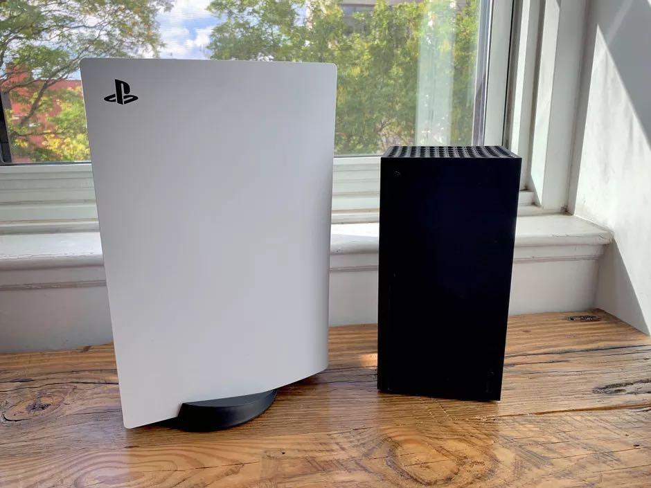 PS5 & XBOX ONE X BUNDLE
