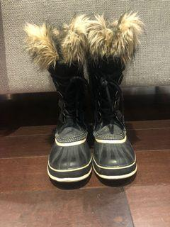 Sorrel tall winter boots - size 8