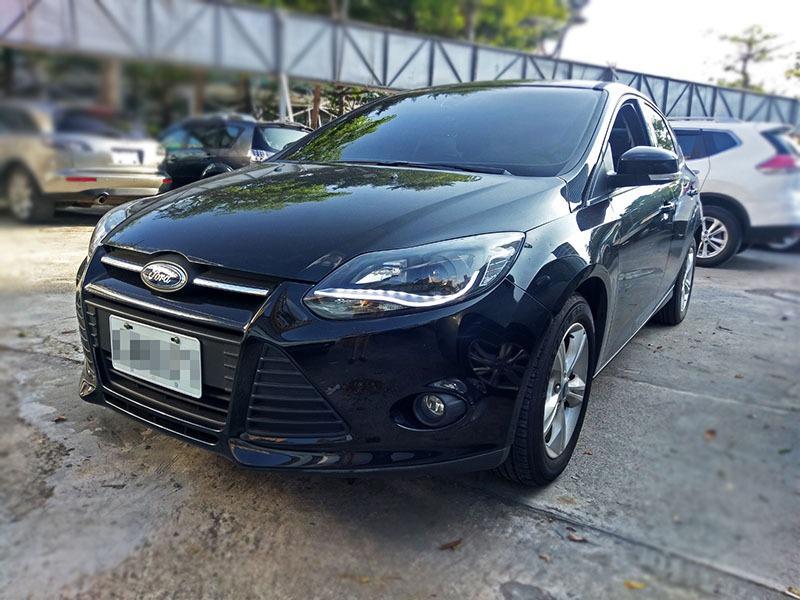 14年Ford Focus 1.6 5D 黑