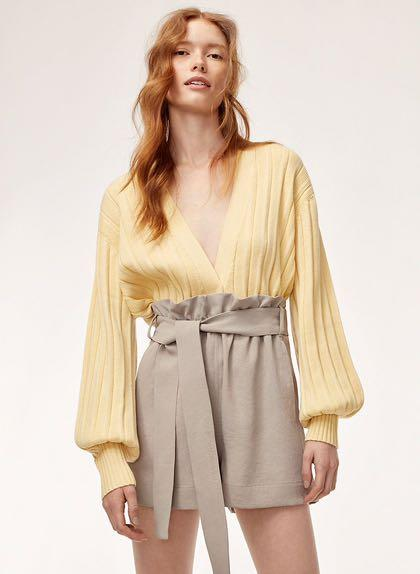 Aritzia Wilfred Paperbag Shorts / Gelas Shorts