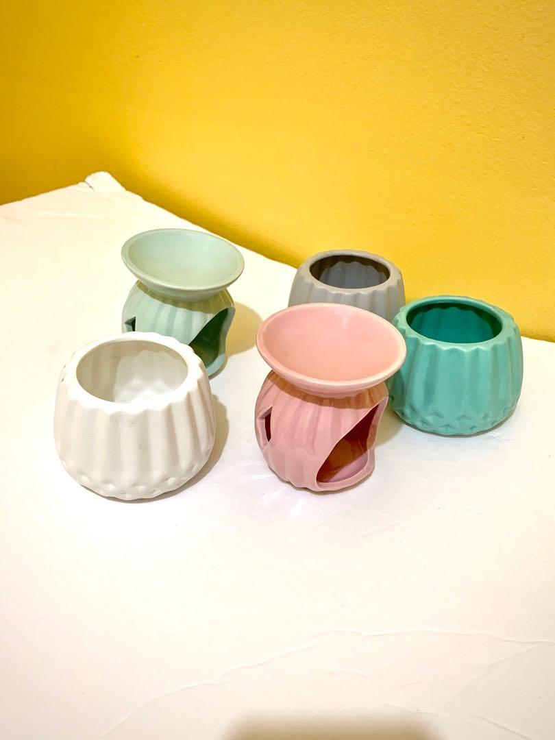 Cute ceramic candle holders / planter pots