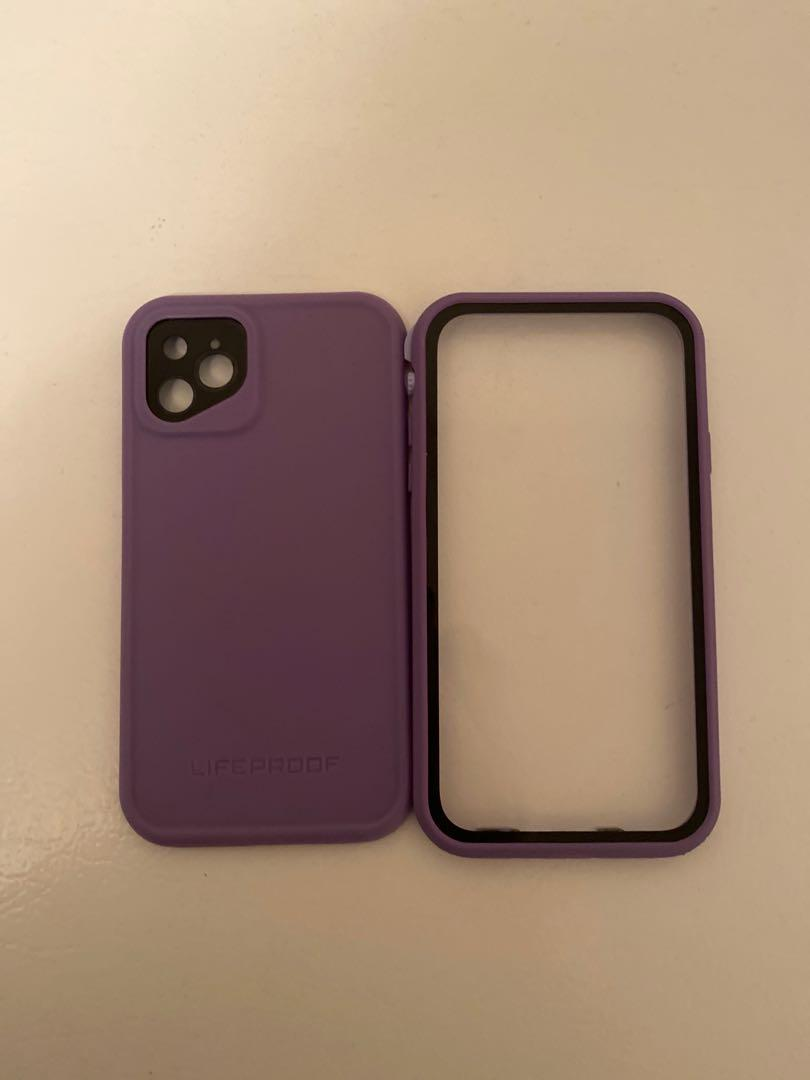 iPhone 11 life proof case