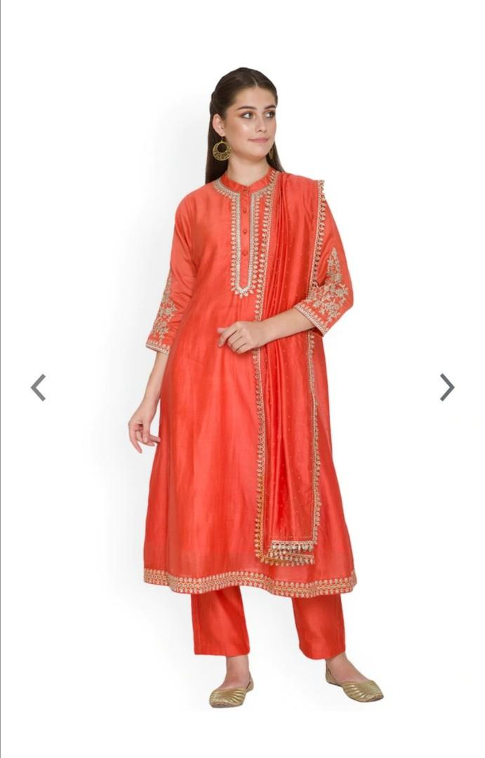 Pernia's Pop-Up Shop Pernia Pop-Up Shop By Surendri by Yogesh Chaudary Rust Orange & Beige Kurta Set, Product Code: 11148548