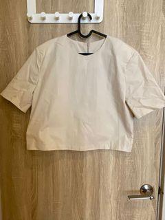 韓版墊肩五分袖短版上衣