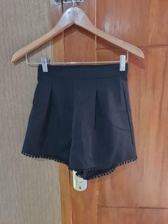 Black Shorts zalora basics