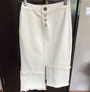 Cream Color Asymmetrical Skirt (XS-S)