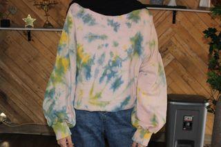 Crewneck Sweater Oversize Lengan Balon Tie Dye