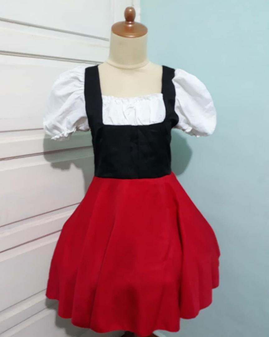 Kostum maid