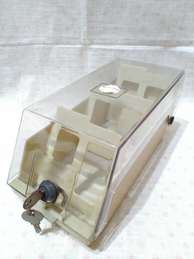 電腦磁碟片 塑膠收納盒 (附鑰匙)