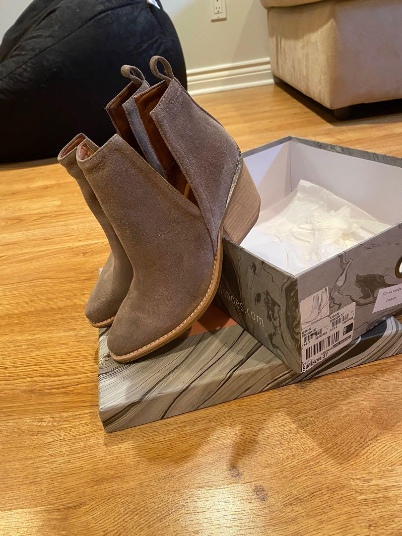 BNIB Jeffrey Campbell Suede Booties