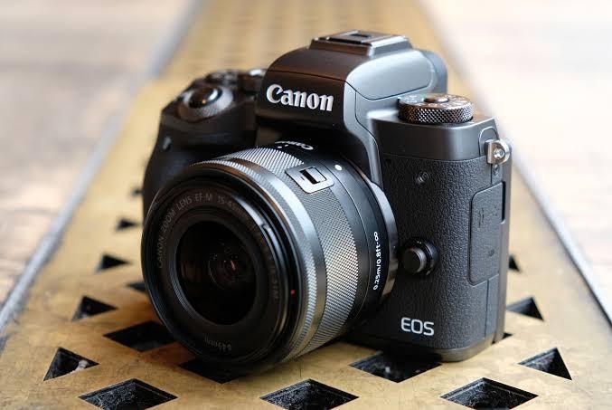 Cash Kredit Kamera Canon EOS M5 Kit 15-45mm