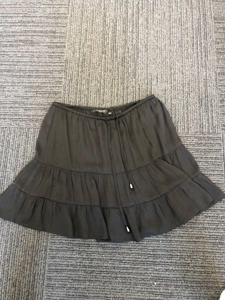 Glassons black skirt size 8