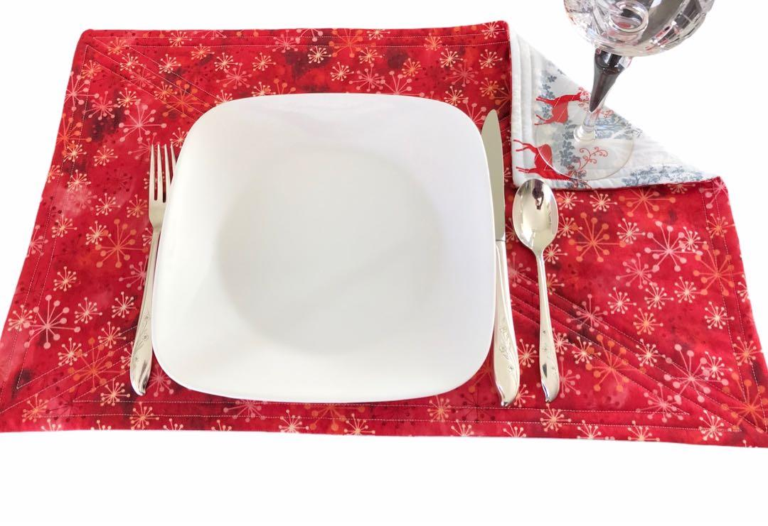 Placemats Table