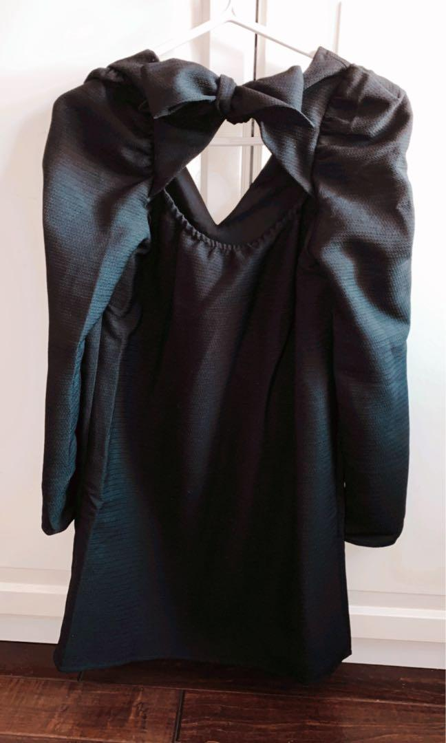 Puff Sleeve V-neck Dress from M boutique in size XS