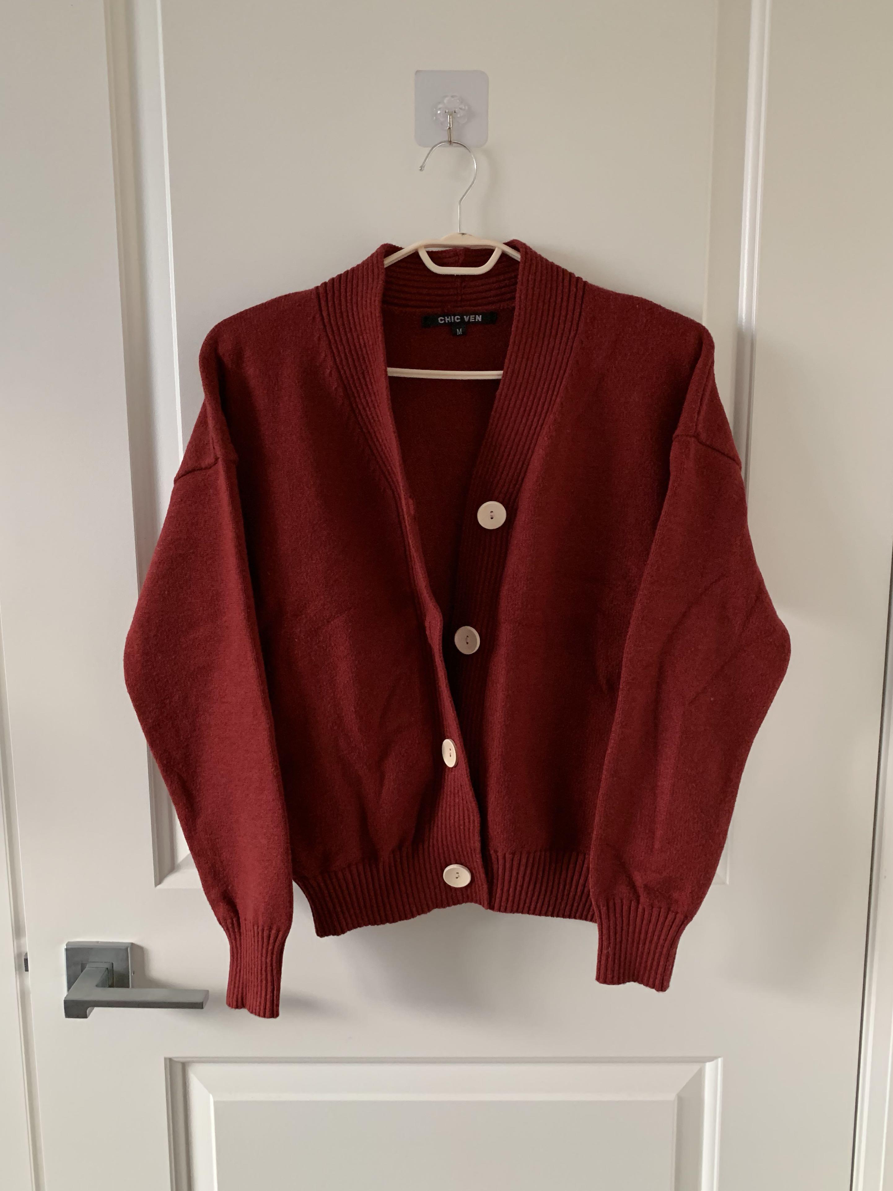 Red cardigan (Like New)