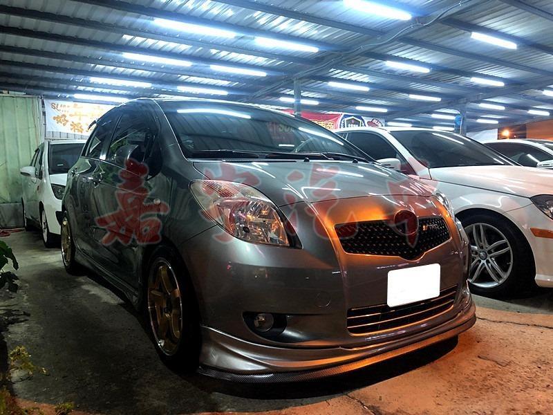 2012年 豐田 yaris 1.5 灰