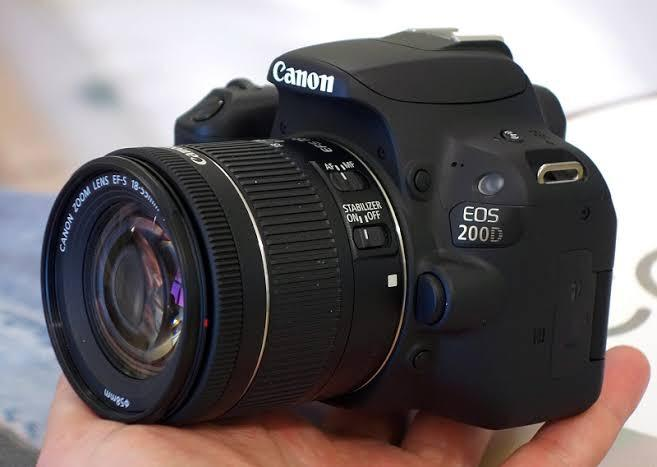 Canon EOS 200D with 18-55mm Terima Kredit Proses Cepat
