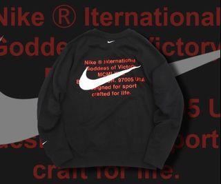 Nike雙勾大學t  off white