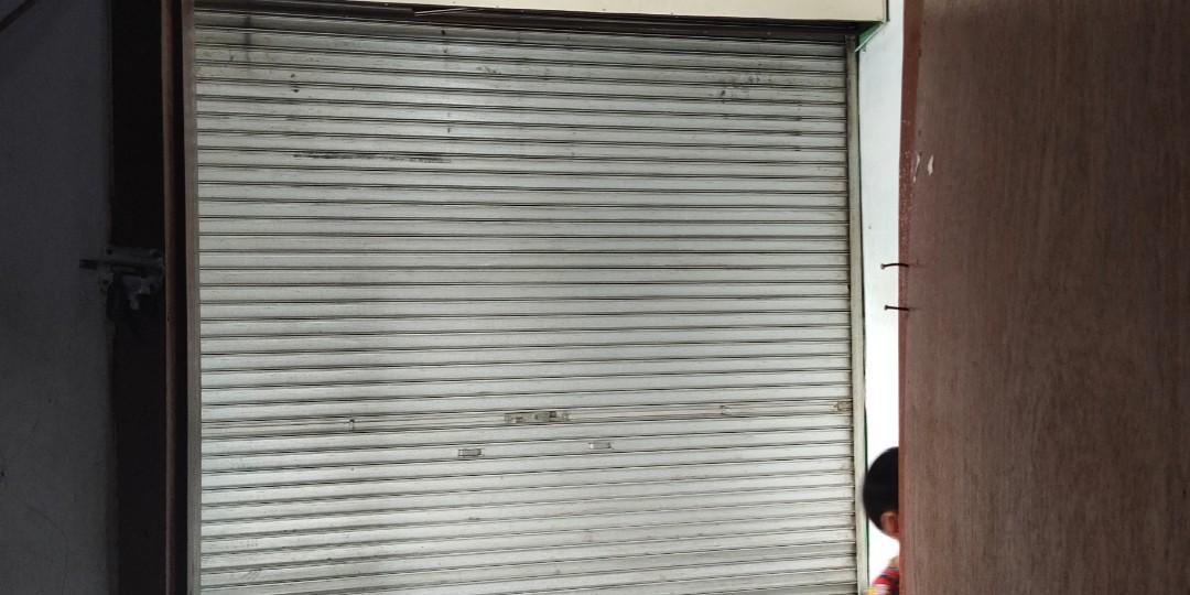 Rolling Door Bekas