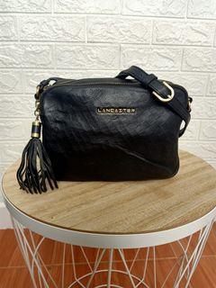 NEW YEAR SALE NETT PRICE sling bag camera bag kulit mantul asli