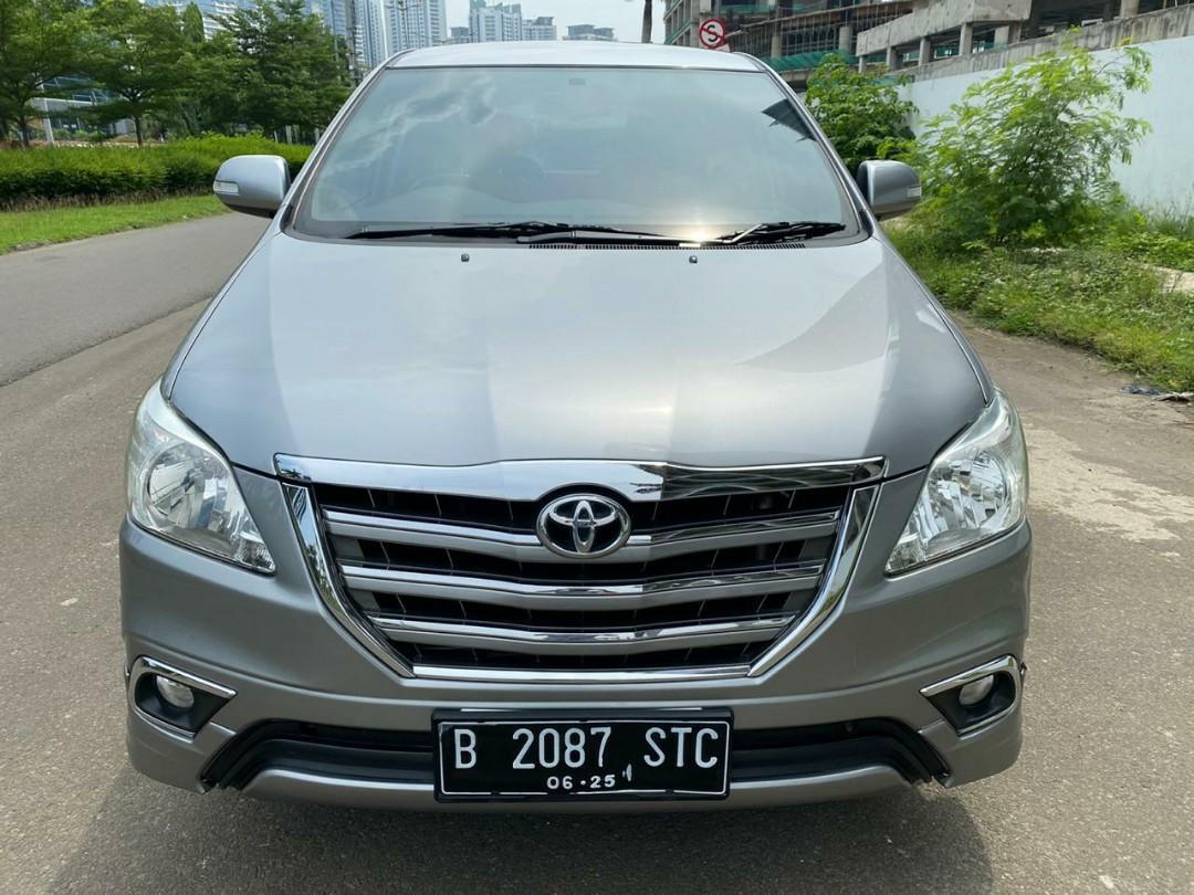 Toyota Innova V Luxury matic bensin 2015