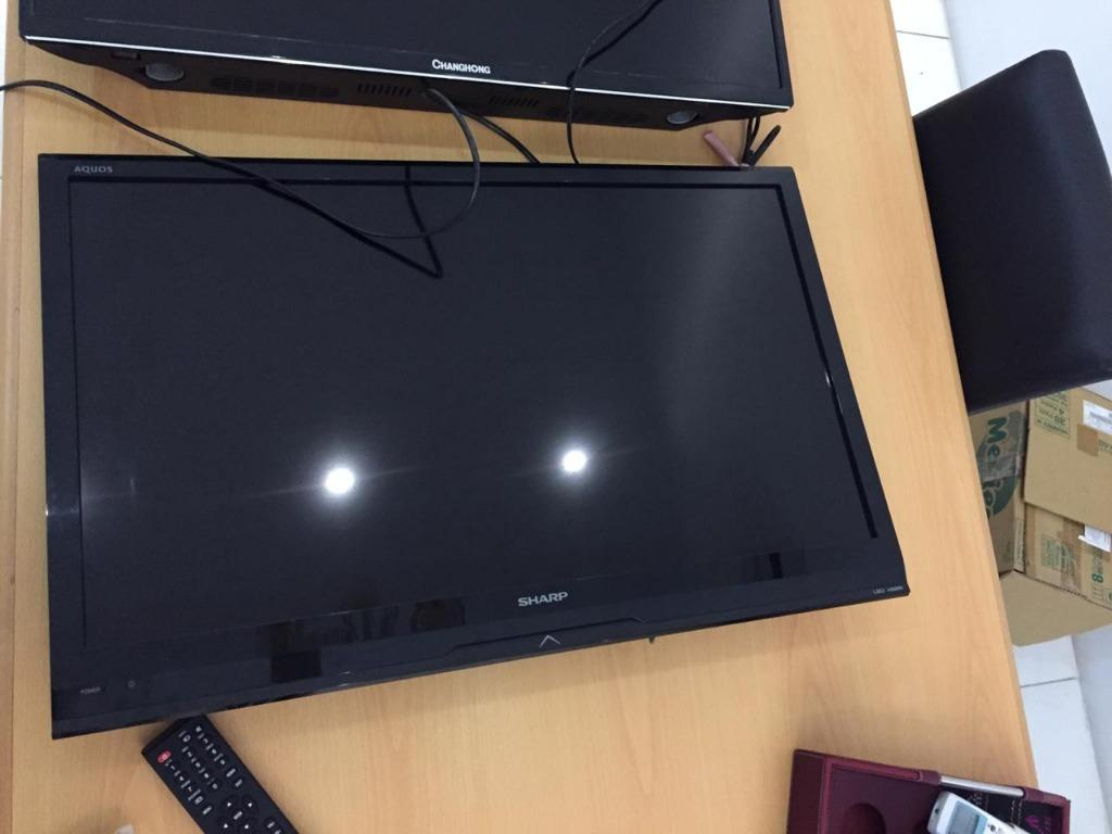 TV LCD Sharp 32in - Preloved
