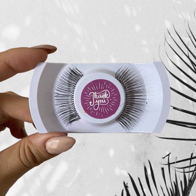 Brand New Wispy Long Synthetic False Eyelashes