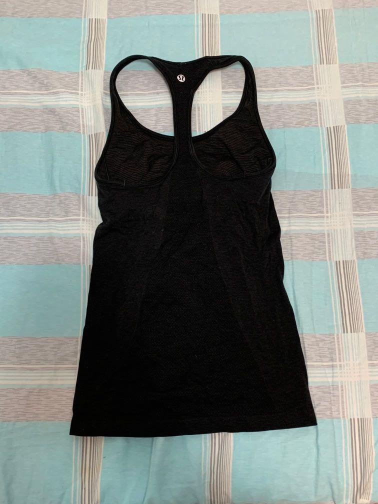 Lululemon tank with built in bra: size 4