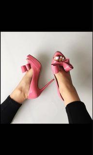 Valentino pink bow pumps peep toe size 35.5 / 5.5