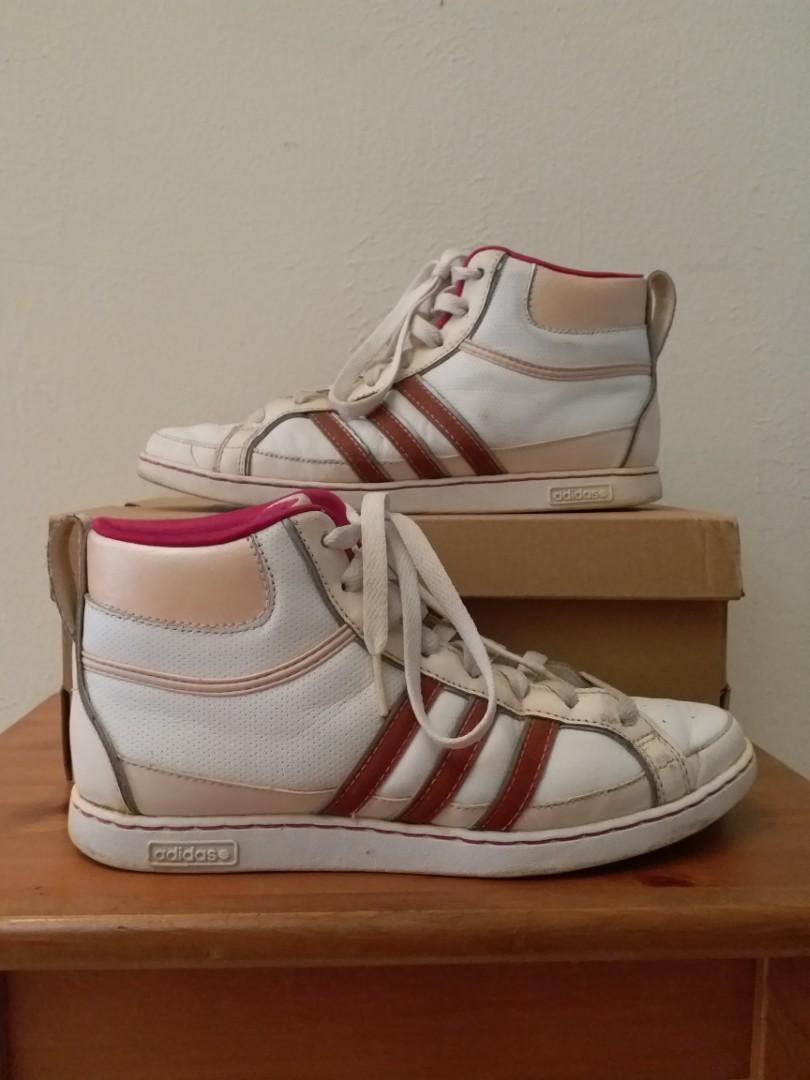 mineral por favor no lo hagas Respiración  Adidas Neo High Top, Women's Fashion, Shoes on Carousell