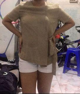 blouse kuning invio