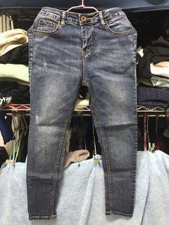 二手鉛筆牛仔褲m號