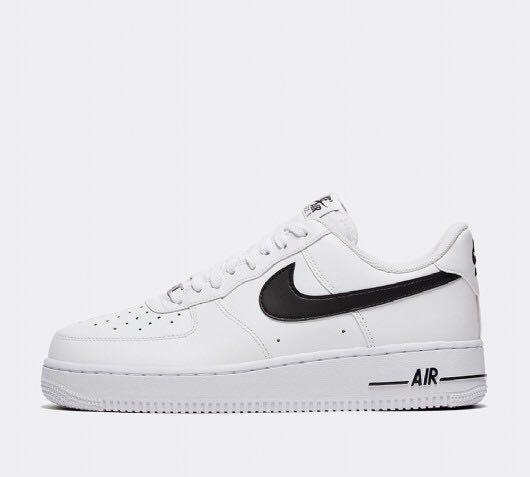 Nike Air Force 1 (Black Tick)