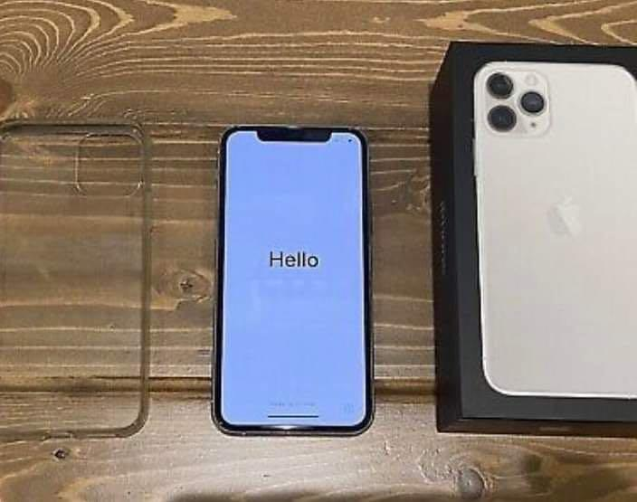 Used  iPhone 11 Pro Max comes with AirPods and case also charger