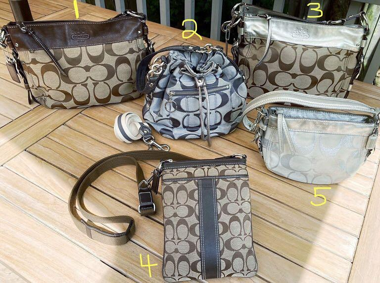 ***5 BEAUTIFUL Coach Purses Up For Sale*(PRICED SEPARATELY)