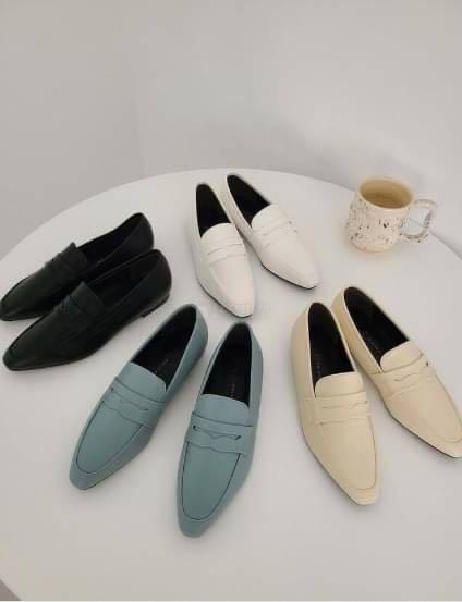 正韓鞋子  尖頭樂福鞋  made in korea