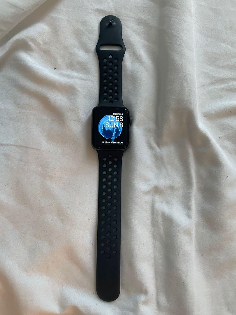 Apple Watch series 3 - Nike Edition (42 mm)