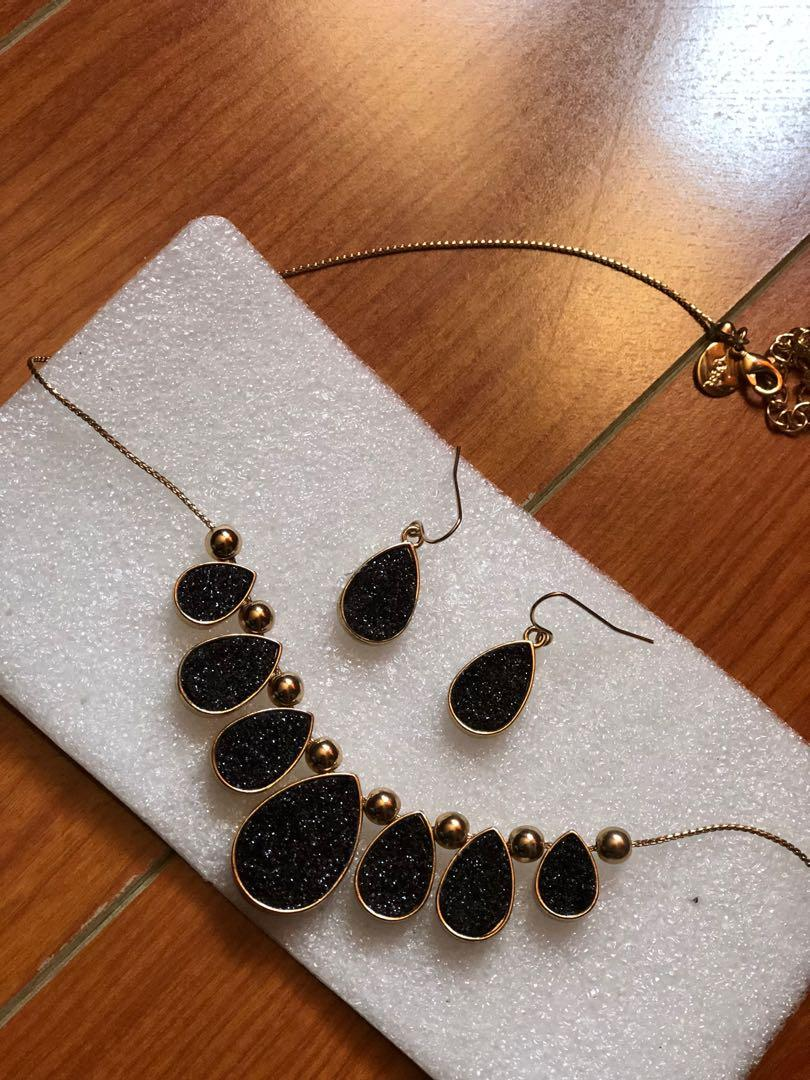 Black and Gold Necklace and Earrings Set