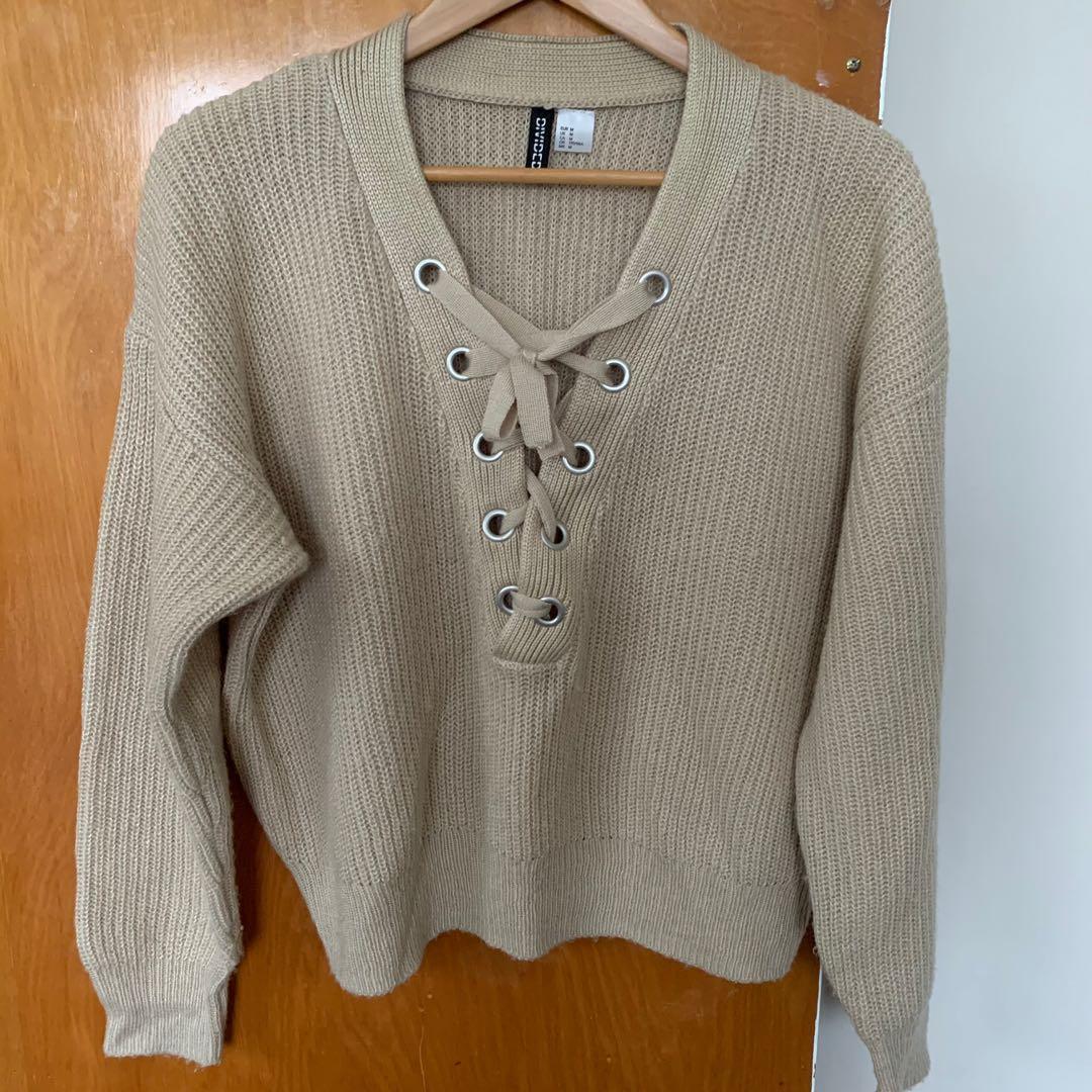 H & M beige knit sweater