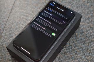 Iphone 11 Pro Max 256gig Dual Sim (99% batt life)