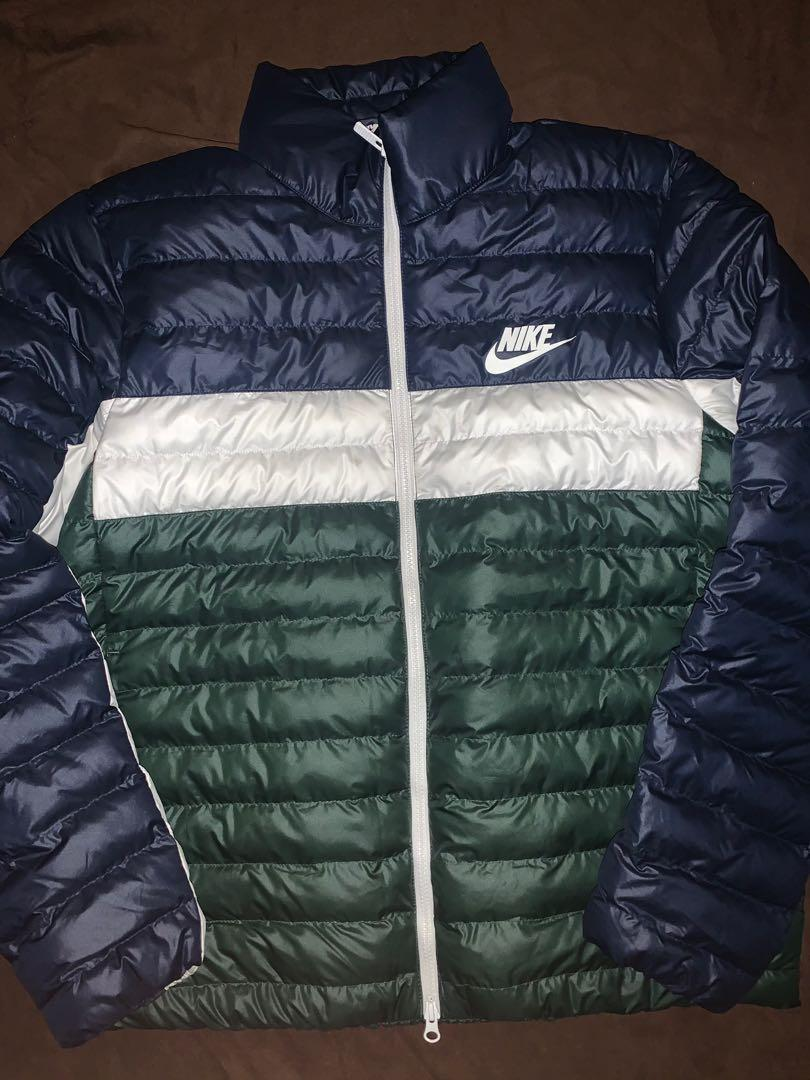 Nike Puffer Jacket Size Large (Green, White, Blue)