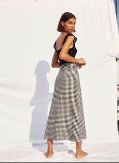 Small Aritzia Wrap skirt in brown plaid