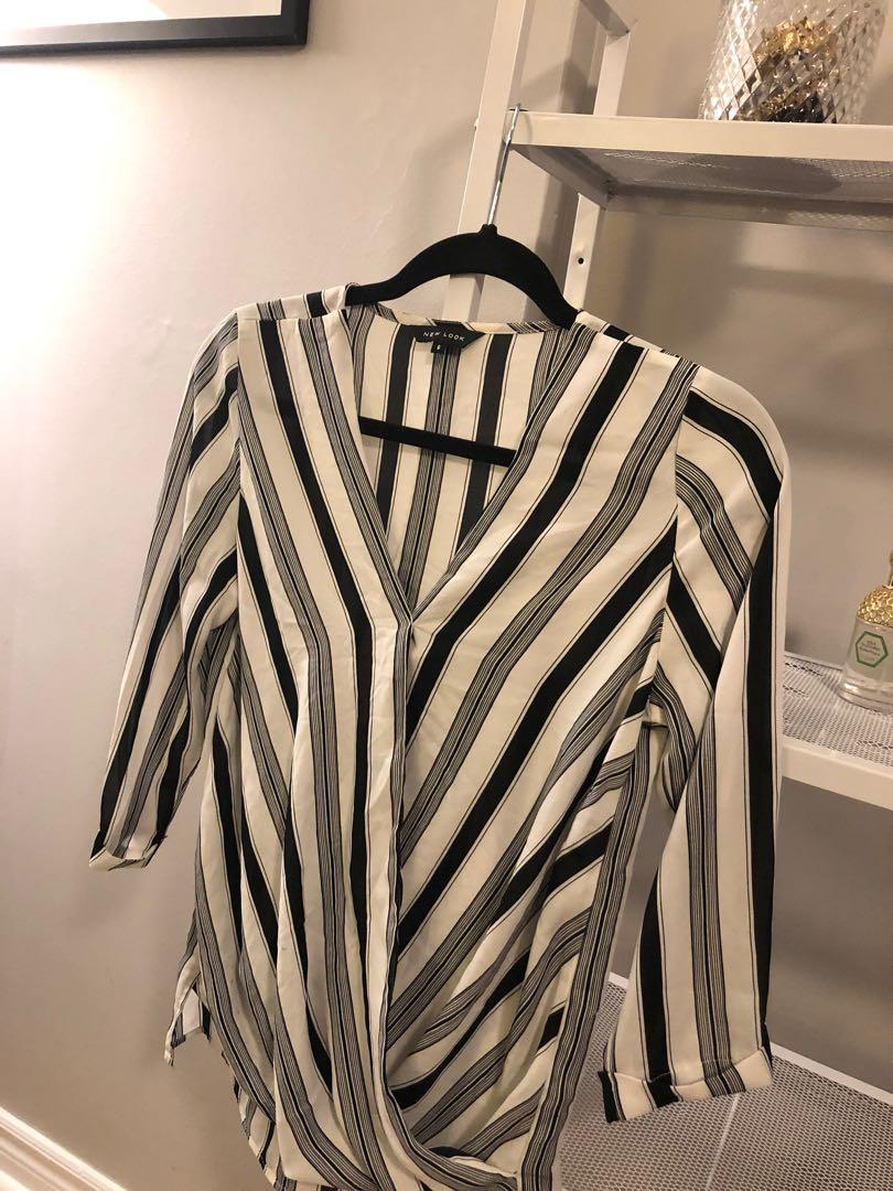 Small striped 3/4 sleeve top